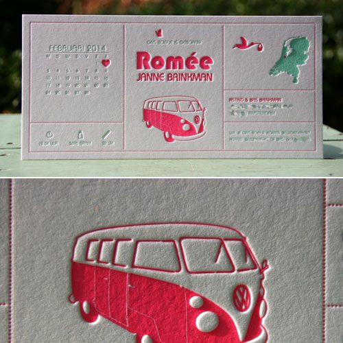 letterpers_letterpress_geboortekaartje_Romee_fluor_neon_roze_mintgroen_volkswagenbusje_stoer_ue