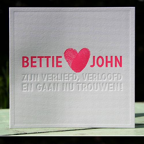 letterpers_letterpress_trouwkaart_Bettie_John_fluor_roze_preeg_ue