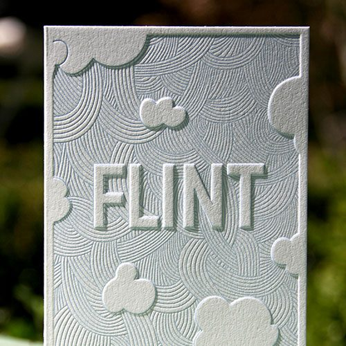 letterpers_letterpress_geboortekaartje_Flint_Preeg_wolken_blauw_bijzonder_ue