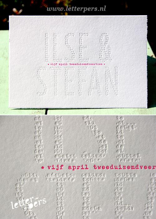 letterpers_letterpress_trouwkaart_stefan_ilse_namen_blinddruk_fluor_roze_scheprand