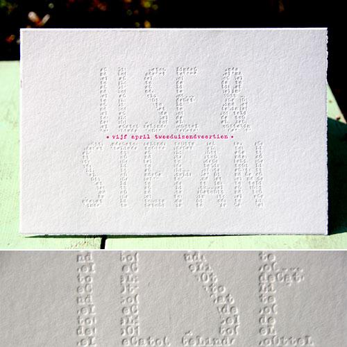 letterpers_letterpress_trouwkaart_stefan_ilse_namen_blinddruk_fluor_roze_scheprand_ue