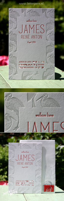 letterpers_letterpress_geboortekaartje_james_reigers_grijs_rood_uniek_postzegel