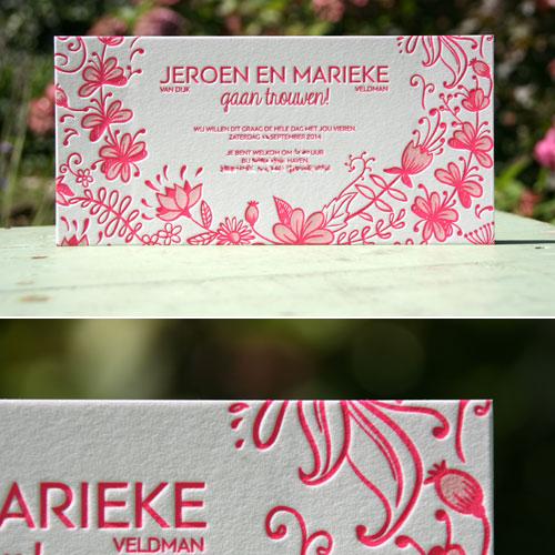 letterpers_letterpress_trouwkaart_Marieke_Jeroen_bloemen_twee_kleuren_roze_modern_stoer_ue