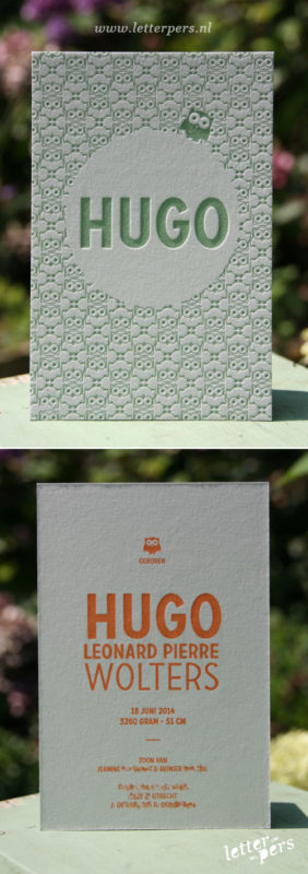 letterpers_letterpress_geboortekaartje_Hugo_uiltje_uil_patroon_grijs_karton_oud_groen_oranje