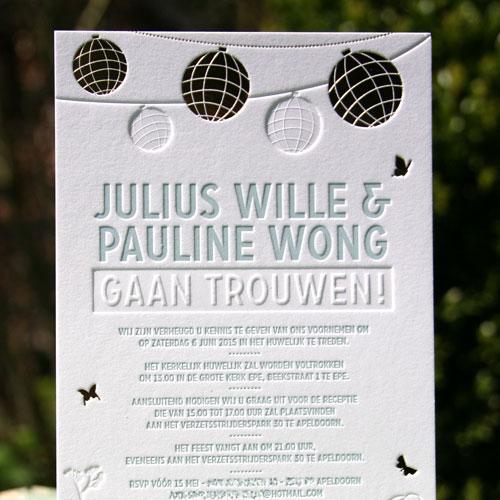 Letterpers_letterpress_trouwkaart_Julius_Pauline_lampionnen_gras_vlinders_eu