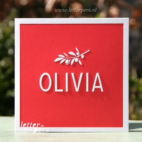 Letterpers_Letterpress_geboortekaartje_birthannouncement_Olivia_olijftak_olijf_rood_relief_gevouwen
