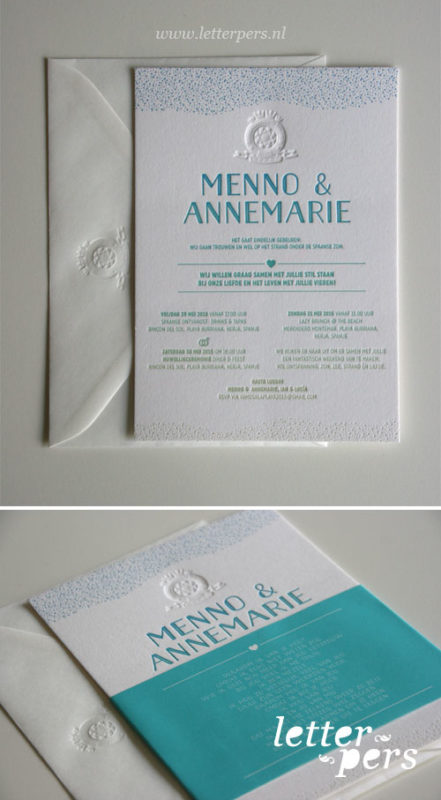 Letterpers_letterpress_trouwkaart_Menno-en-Annemarie_irisdruk_geel_blauw_groen_blinddruk_stand_spanje_liefde_droomhuwelijk