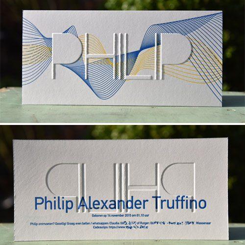 Letterpers_letterpress_geboortekaartje_Philip_blauw_geel_geometrisch_preeg_ue