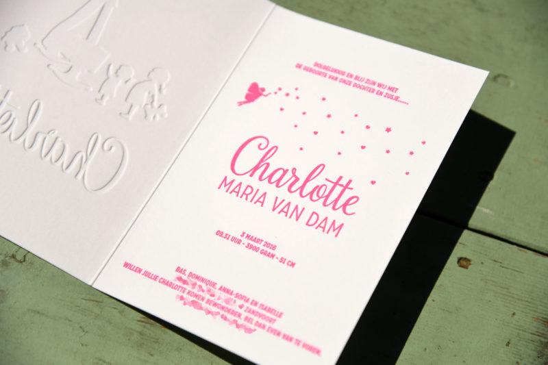 Letterpers-letterpress-geboortekaartje-Charlotte-zusjes-wieg-konijntje--2-0571