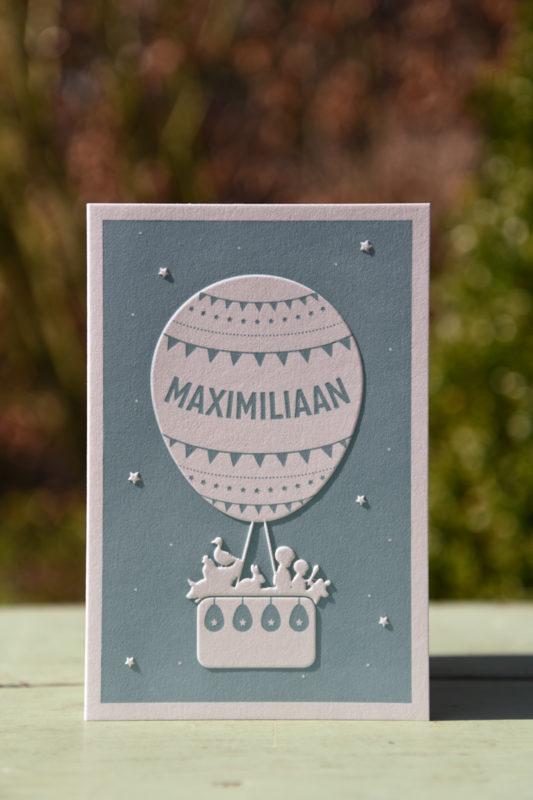 Letterpers_letterpress_geboortekaartje_Maximiliaan_luchtballon_broertjes_stoer-2-9704