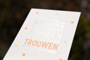 Letterpers_letterpress_geboortekaartje_trouwkaart_Hanneke_Ruben_folie_fluor_neon_orantje-2-9674