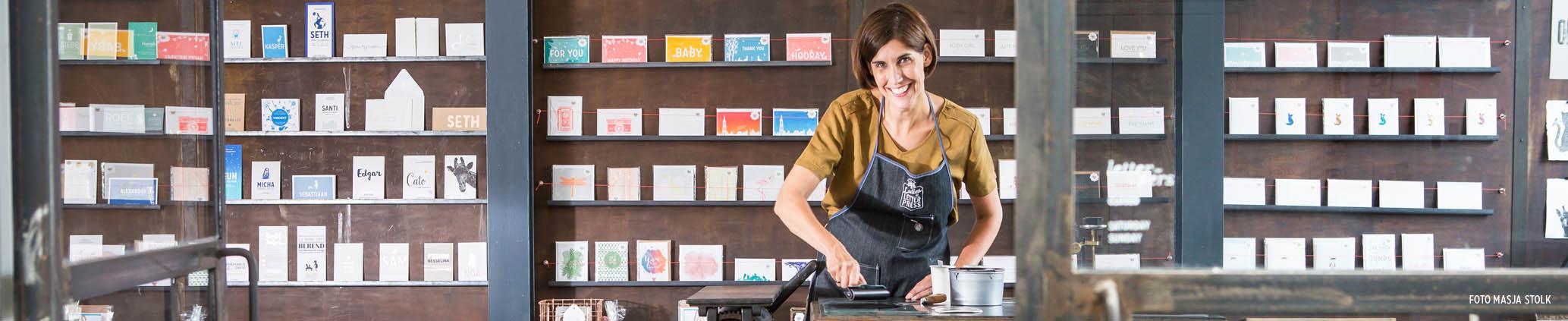 Letterpers Printshop printer letterpress workshop werkplaats drukkerij geboortekaarten trouwkaarten bijzonder drukwerk shop