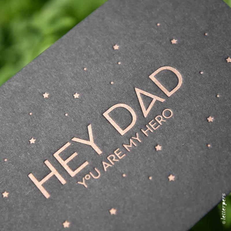 vaderdag hey dad stoer pappa pap brons koper zwart karton