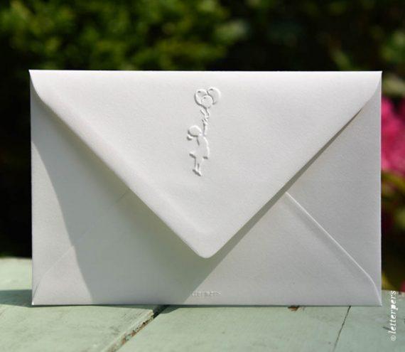 Letterpers-Letterpers-geboortekaart-Letterpers-Letterpers-geboortekaart-envelop-ballon-meisje-DSC-1084-ue
