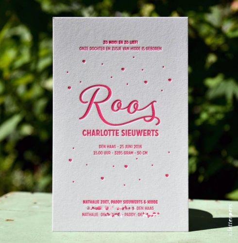 Letterpers-Letterpers-geboortekaart-DSC_3741-bewerkt_Roos_hart_fluor_roze