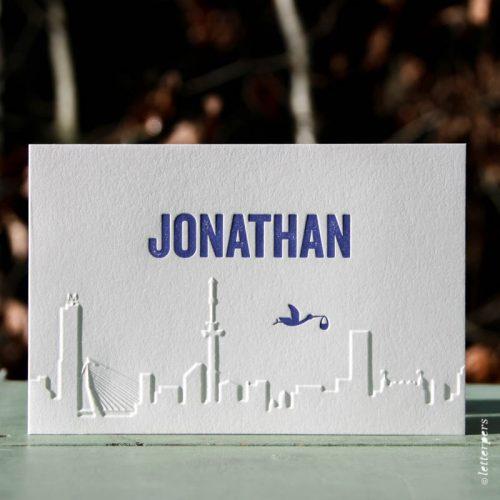 Letterpers geboortekaart Jonathan met skyline Rotterdam