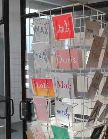 Letterpers kaartenmolen geboortekaartjes
