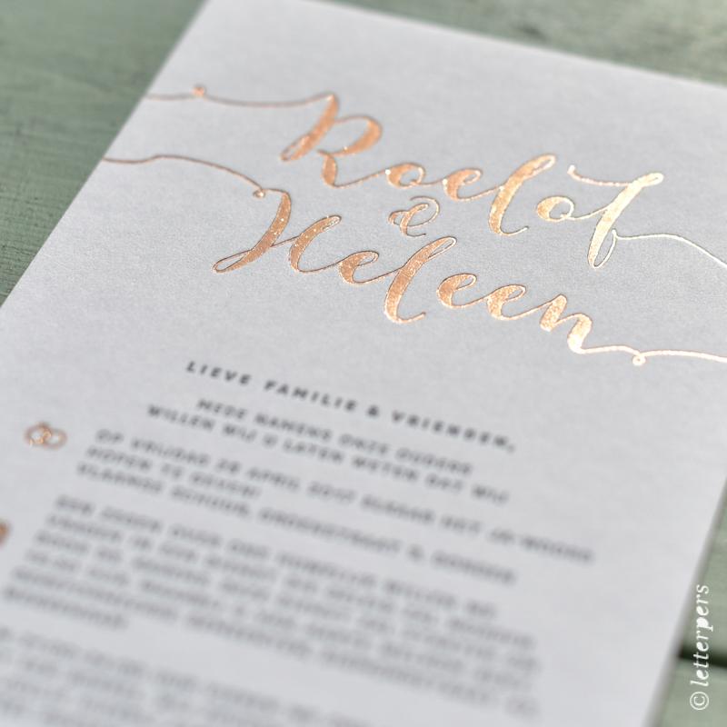 letterpers, letterpress, trouwkaart, kalligrafie, handgeschreven, koper, folie, glimmend