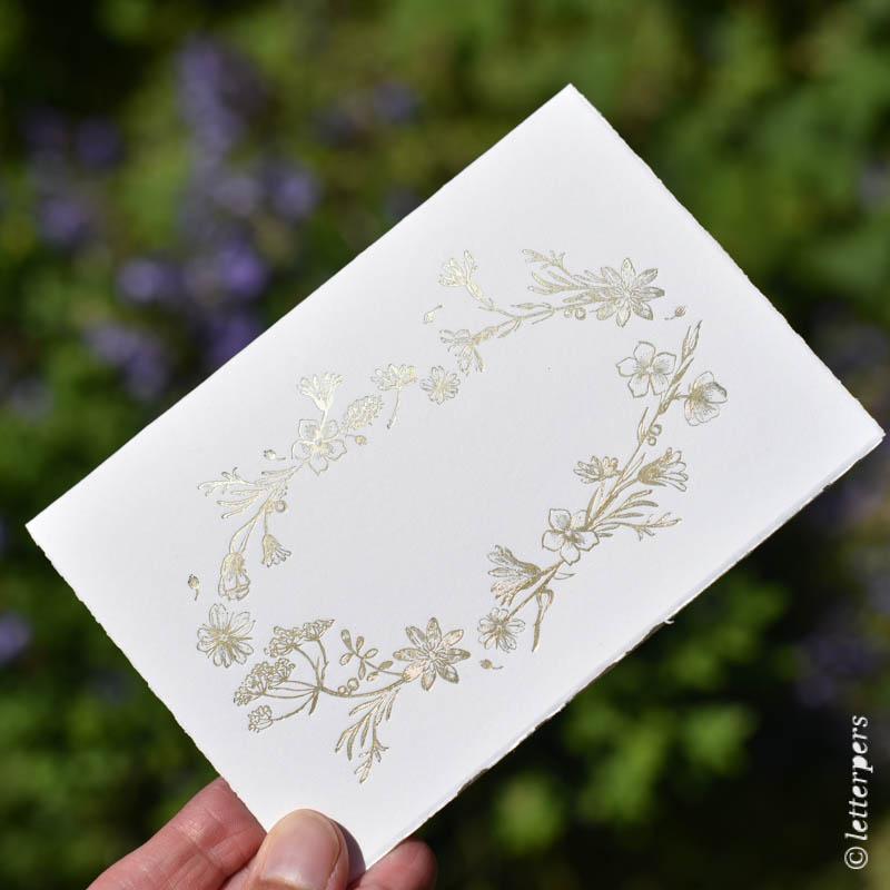 letterpers, letterpress, bloemen, folie, kaart, scheprand