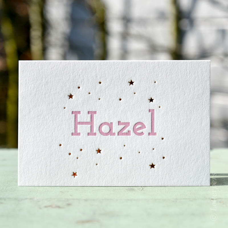 Geboortekaartje Hazel met folie sterren
