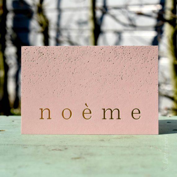 Roze met folie letterpers kaart