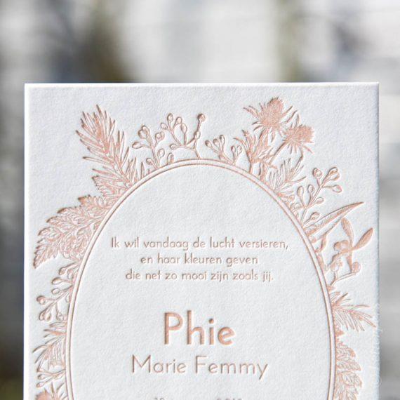 Letterpers romantisch bladeren meisjeskaart