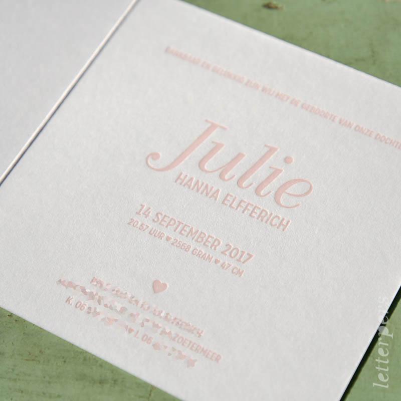 Geboortekaartje Julie met roze strikje binnenkant