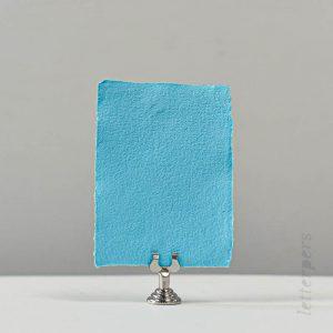 lichtblauw handgeschept papier