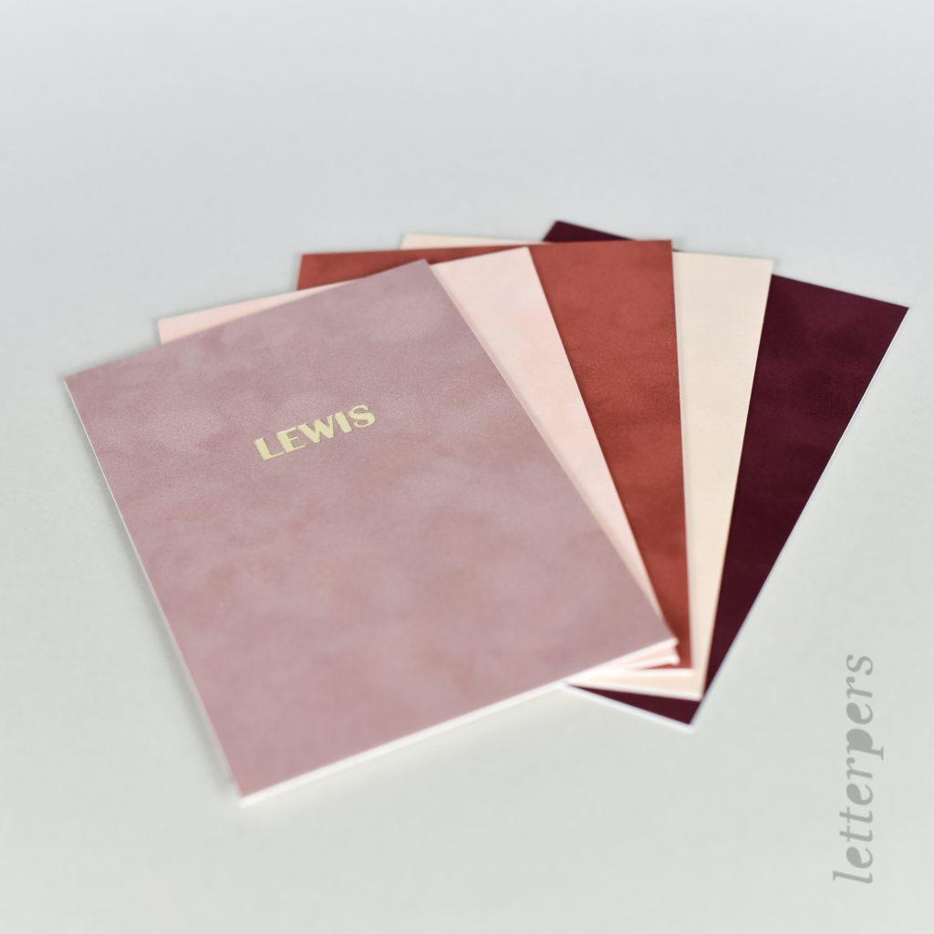 velours papier kleuren, roze en roodtinten