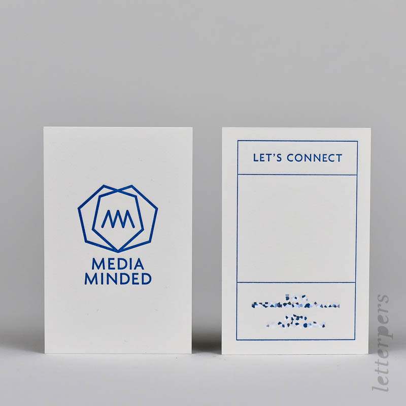 Visitekaartje met diepdruk voor- en achterkant