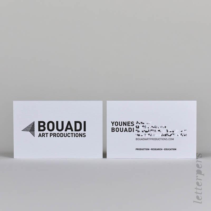 dubbelzijdig visitekaart met zwart letterpers verdieping