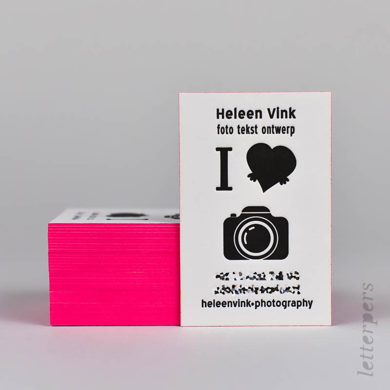 visitekaart letterpers met fluor op snede
