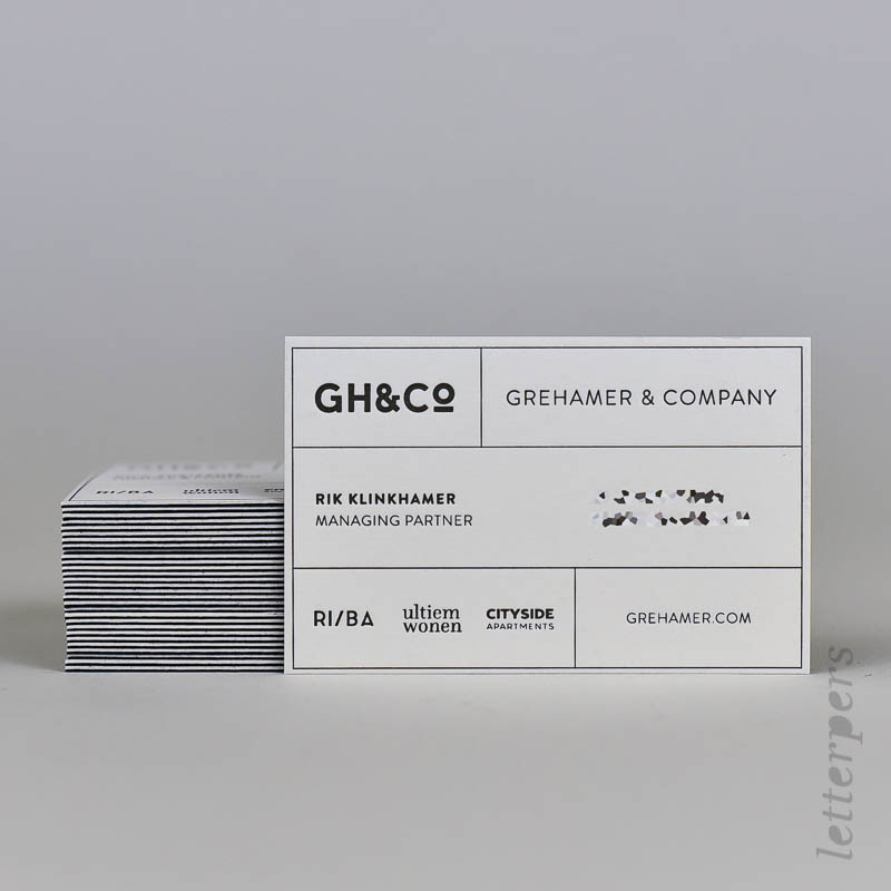2 kleuren papier visitekaartje zwart en wit