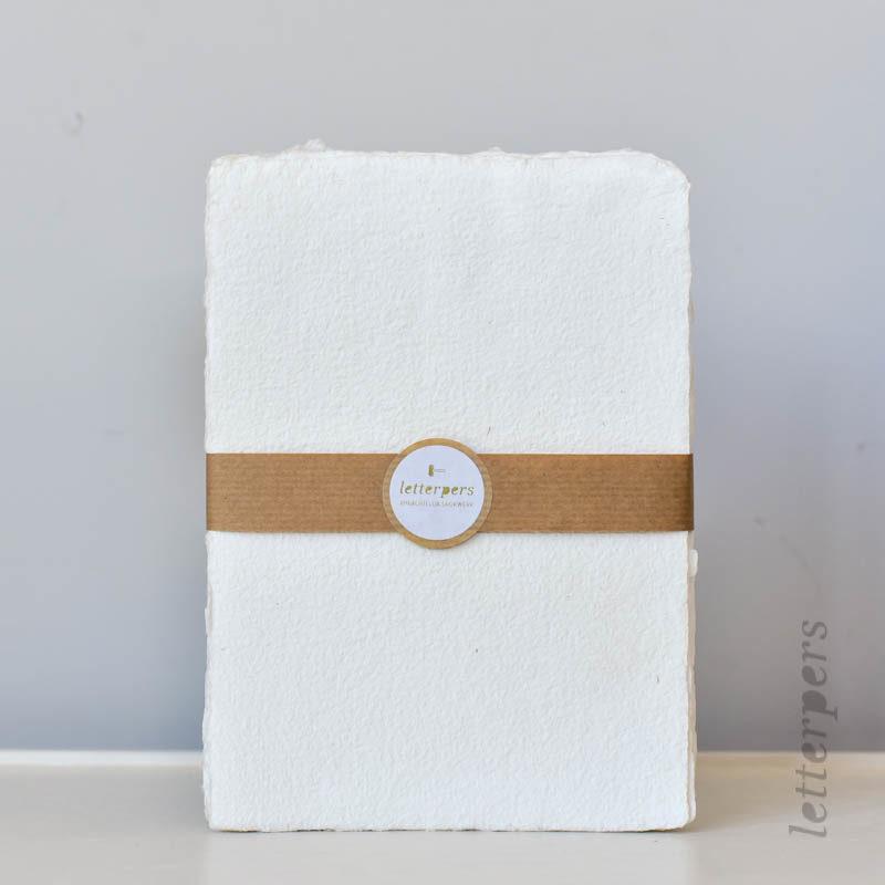 op maat gemaakt wit papier